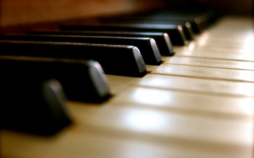 6 Good Reasons to Buy a Used Piano at a Piano Store, Not from a Private Seller